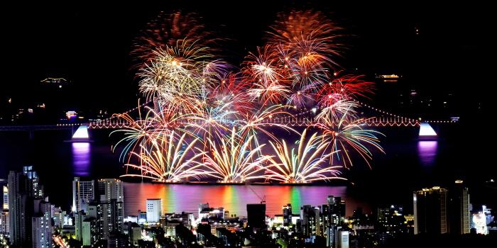 Международный фестиваль фейерверков в Пусане (부산불꽃축제)15