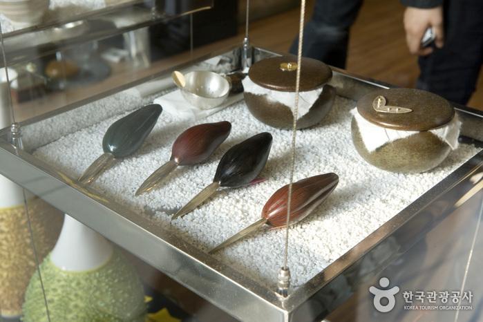 韓国工芸館(한국공예관)