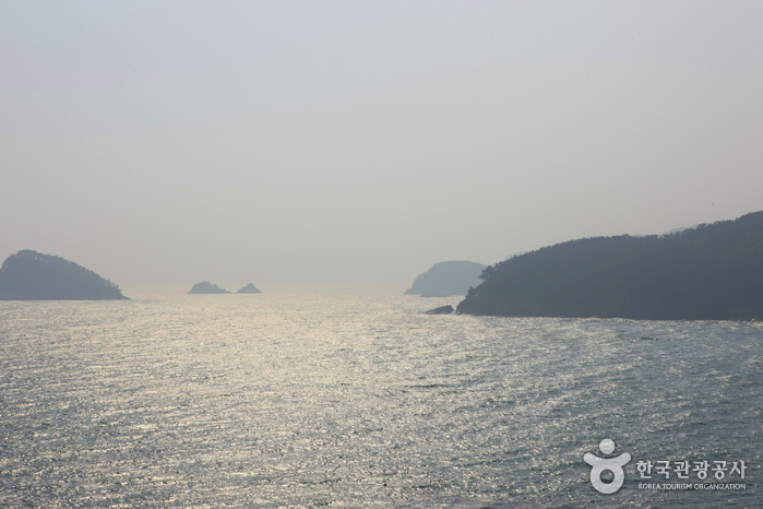 Hallyeohaesang National Park (Sacheon District) (한려해상국립공원-사천)