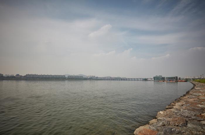 Insel Banpo Seoraeseom (반포 서래섬)