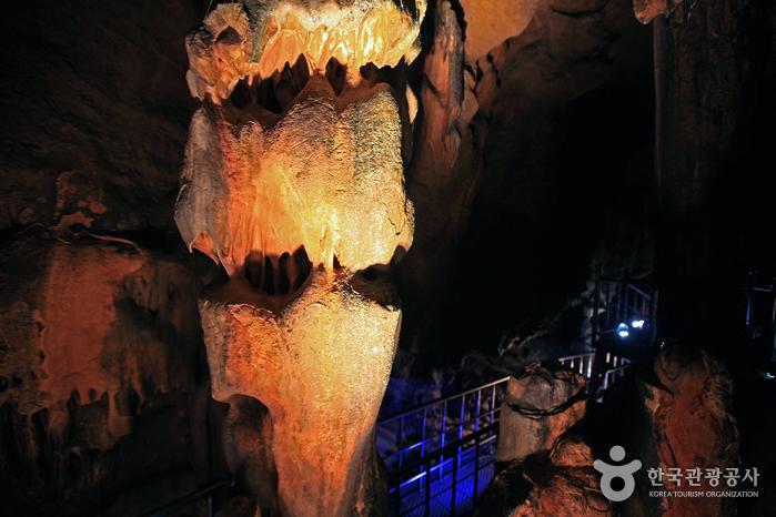 성류굴 (경북 동해안 국가지질공원)