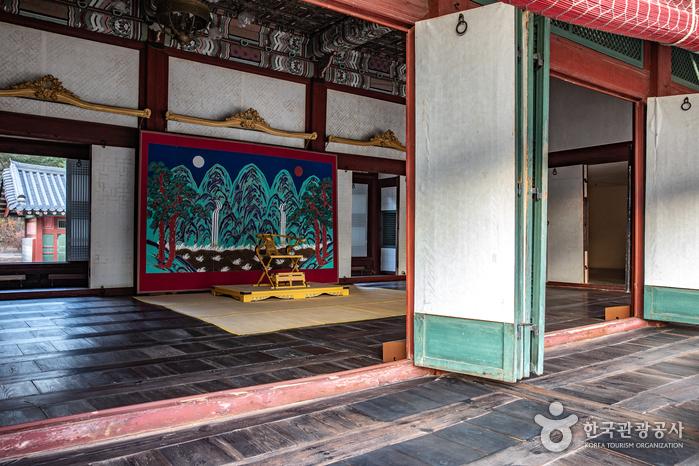 Дворец Токсугун (덕수궁)3