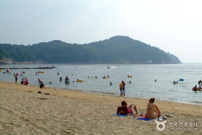 Eurwangni Beach (을왕리해수욕장)