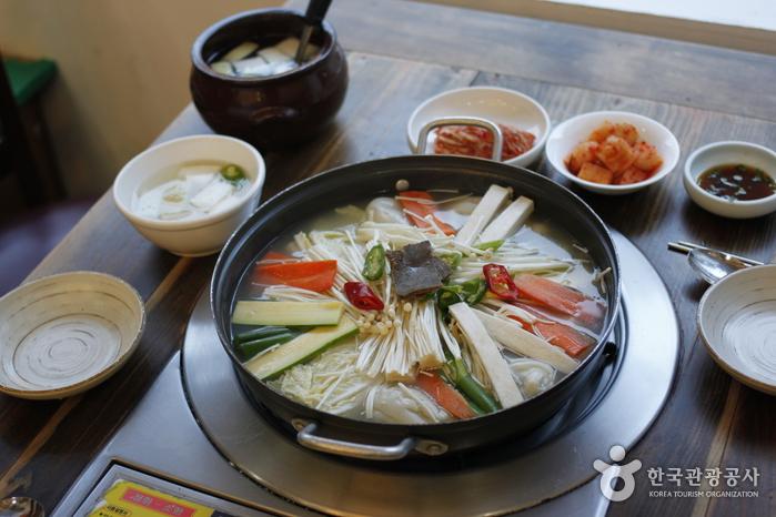 Ресторан Кесон Манду Кун / (개성만두 궁)6