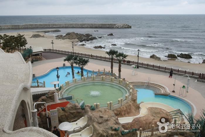Sol Beach Hotel & Resort Yangyang (쏠비치 호텔&리조트 양양)