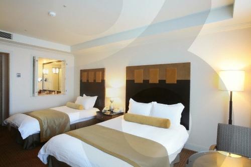 Ramada Plaza Jeju Hotel (라마다프라자 제주호텔)