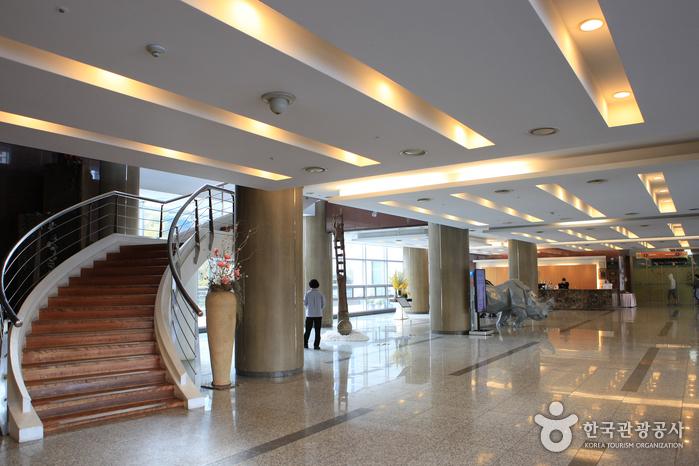 Busan Youth Hostel Arpina (유스호스텔 아르피나)