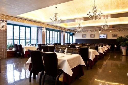 Kervan Turkish Halal Restaurant (케르반 터키쉬 할랄 레스토랑)