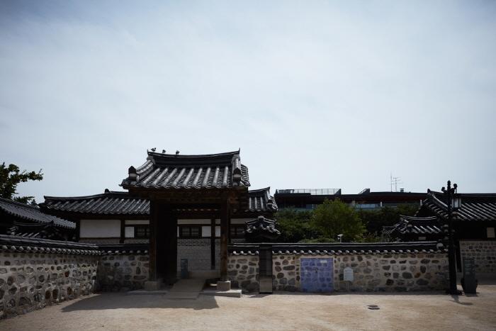 海豐府院君尹澤榮齋室(해풍부원군윤택영댁재실)22