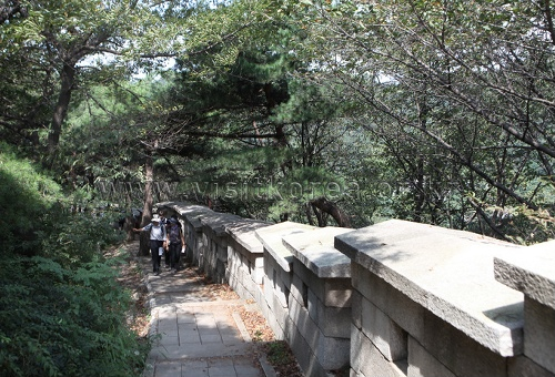 Bugaksan Mountain (북악산)