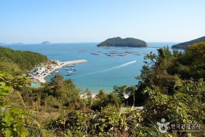 Cheongsando Island (...