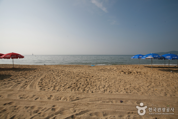 Gwangalli Beach ()