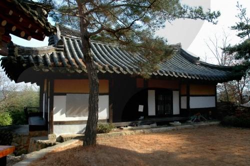 韓方テーマパーク 艸楽堂(한방테마파크 초락당)