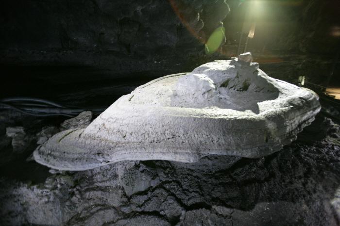 만장굴 (제주도 국가지질공원)