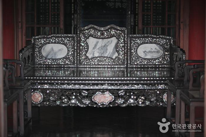 Зал Тэчжочжон во Дворце Чхандоккун (창덕궁 대조전)7