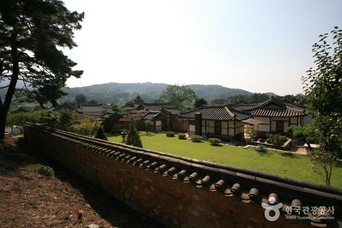 Inheung Village (인흥마을)