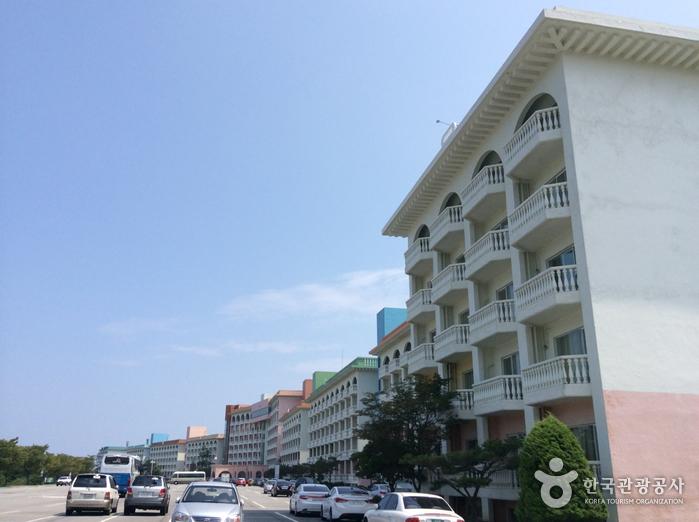 Hanwha Resort Seorak (한화리조트 설악)