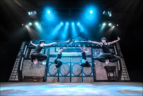 Мюзикл Джамп (점프)