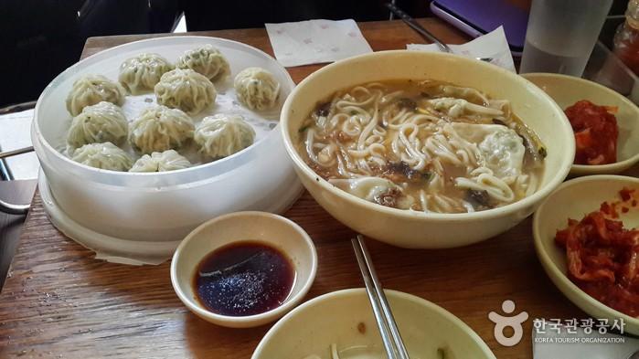 明洞饺子(명동교자)