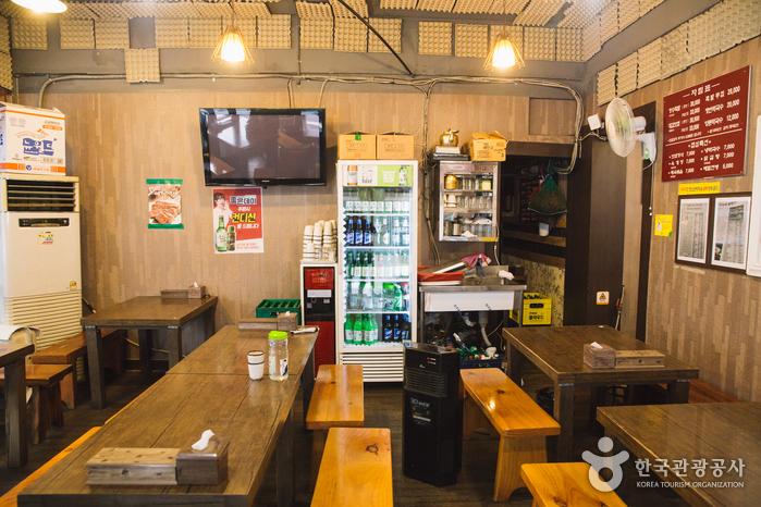 Ресторан Оганэ Чокпаль (오가네족발, Ogane Jokbal)2