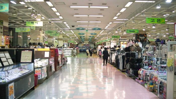 テクノマート(江辺店)(테크노마트 (강변점))