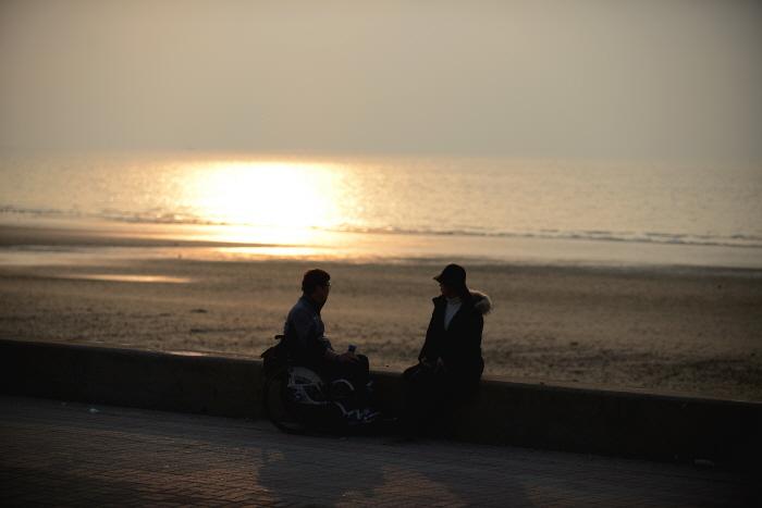 카페아일 앞에 있는 꽃지해변