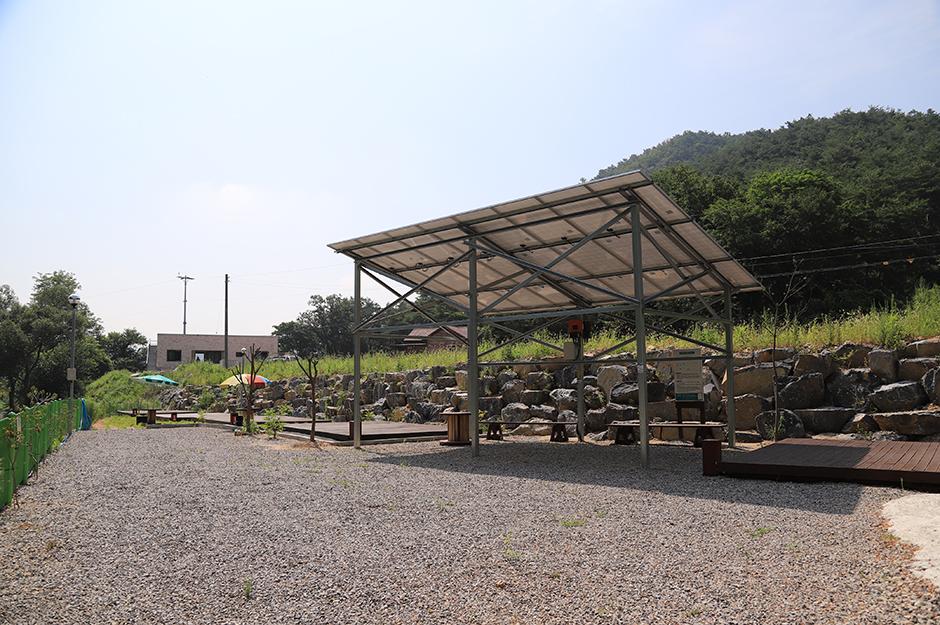 어울림펜션 캠핑장