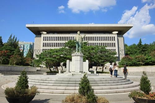 건국대학교 상허기념도서관