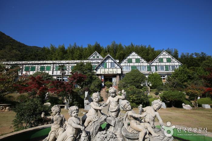 ヘオルム芸術村(해오름예술촌)