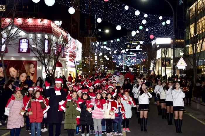9日間の輝くクリスマスマーケット「カチサプシダ」プロジェクト(9일간의 빛나는 크리스마스 마켓 :
