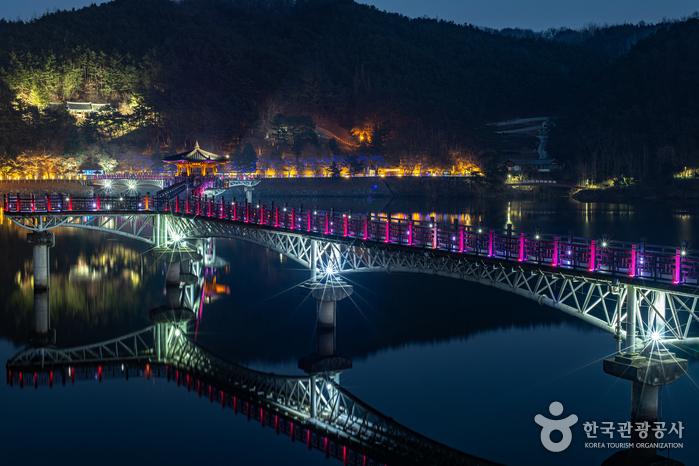 月映橋(월영교)