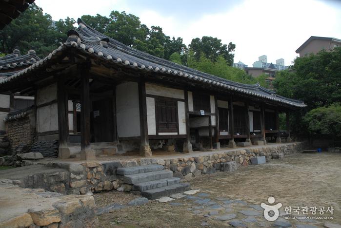 Парк Тончхундан в городе Тэчжон (대전 회덕 동춘당)20