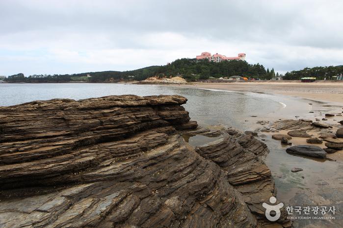 Gyeokpo Beach (격포해변)
