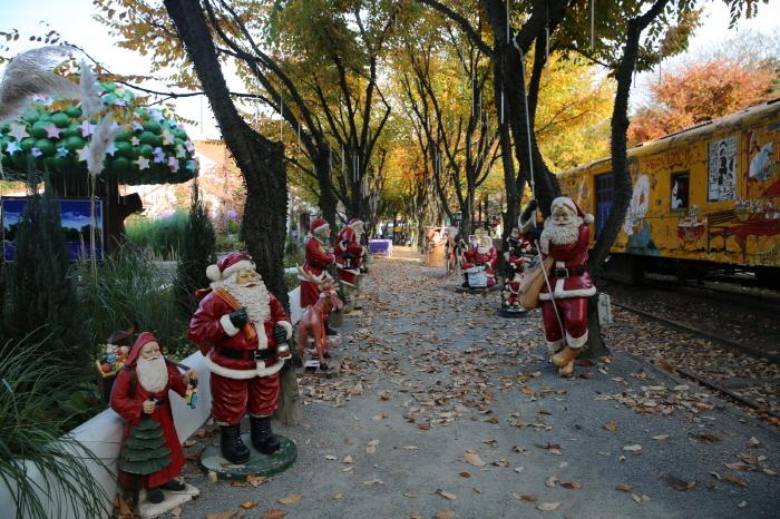 청도 프로방스 크리스마스 산타마을 빛축제 2018  사진2