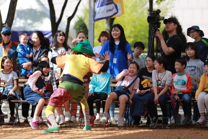 Jeonju International Sori Festival (전주세계소리축제)