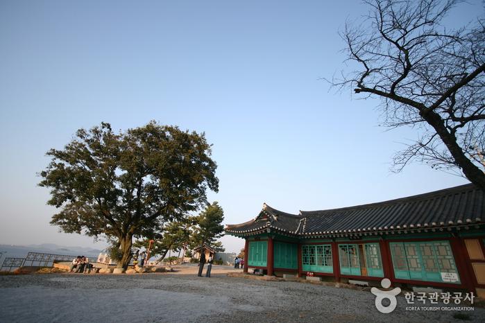 Manghaesa Temple (Gi...