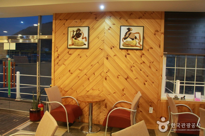 Seaman's(實安船上咖啡廳)(씨맨스(실안선상카페))2