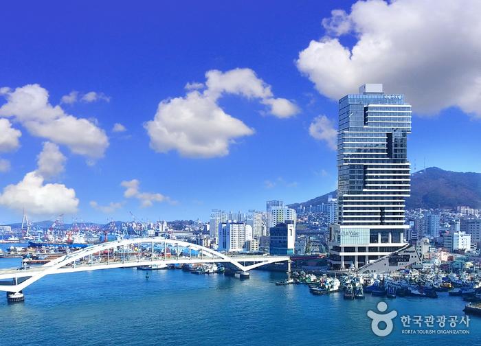 La Valse Hotel Busan [Korea Quality] / 라발스호텔 [한국관광 품질인증/Korea Quality]