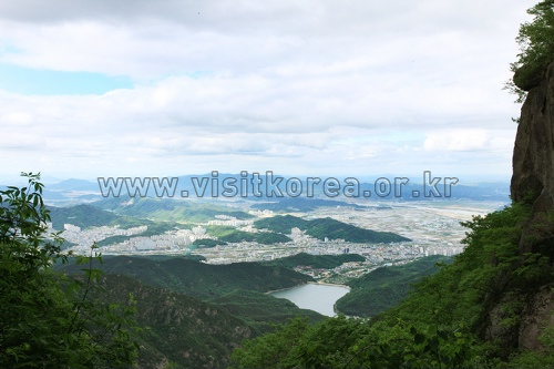 Geumosan Provincial Park (금오산도립공원)