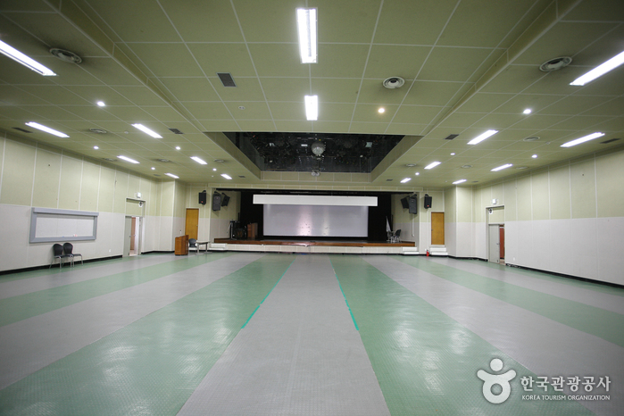 Geumnyeonsan Youth Training Institute (금련산 청소년수련원)