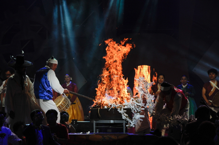 蔚山セブリ祭り(울산쇠부리축제)