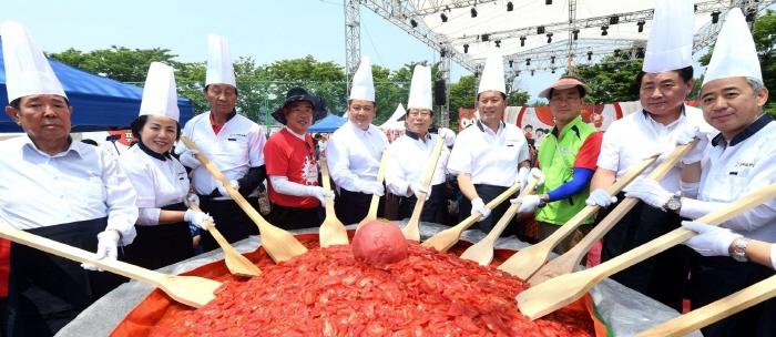Tomatenfestival Toechon (퇴촌토마토축제)