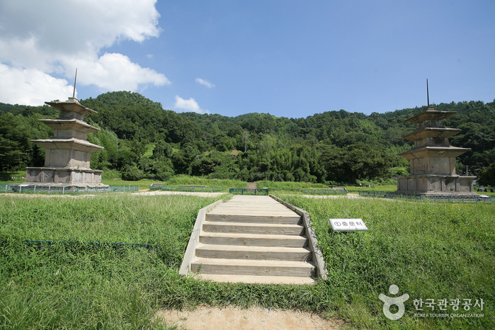 Gameunsaji (Gameunsa Temple Site) ()