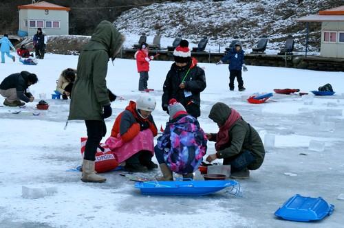 Mulmalgeun Yangpyeong Icefish Festival (물맑은 양평빙어축제)