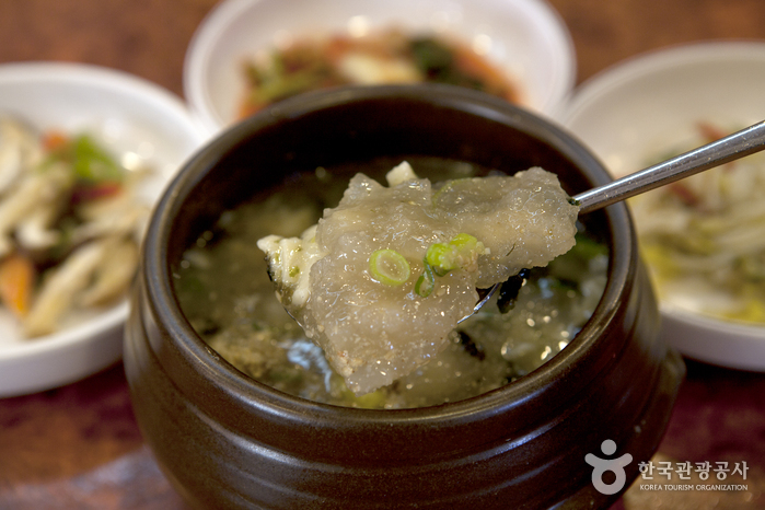 무더운 여름에 제맛, 서울에서 만나는 울퉁불퉁 감자 요리