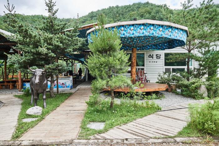 홍천테마파크(구, 예술촌)