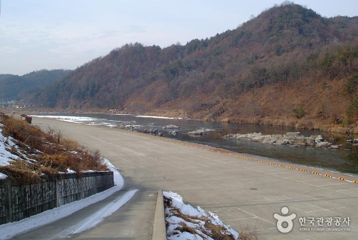 Fluss Seomgang (Seomgang Resort) 섬강(섬강유원지)