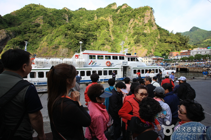 Port Dodong sur Ulleungdo (도동항)