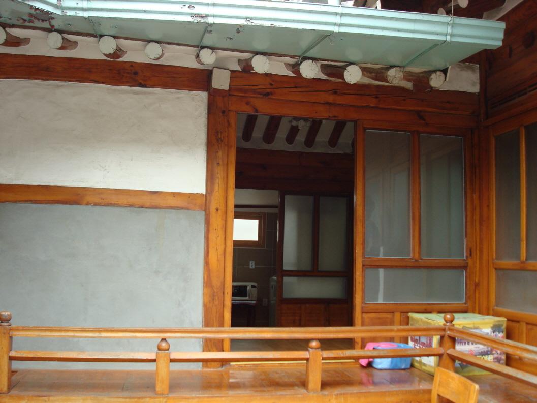 Seunghyo House (승효하우스)