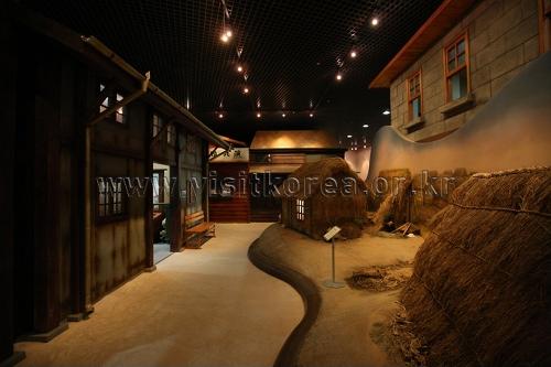 Музей современной истории города Кунсана (군산근대역사박물관)25